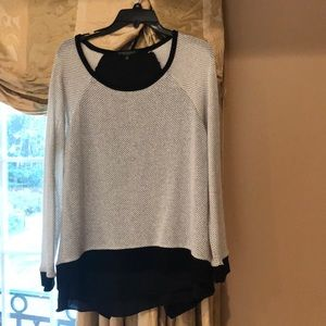 Sweater size M with lining hang